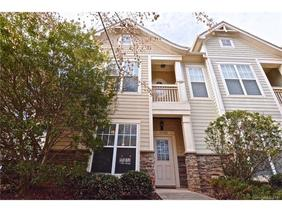 Townhouse $199,900   2 Bed, 2.5 Bath   4146 Walker Road #4146, Charlotte NC  28211. This Spacious End Unit With Open Layout Is Move In Ready And Perfect  For ...